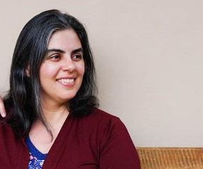 Ana Elisa Ribeiro
